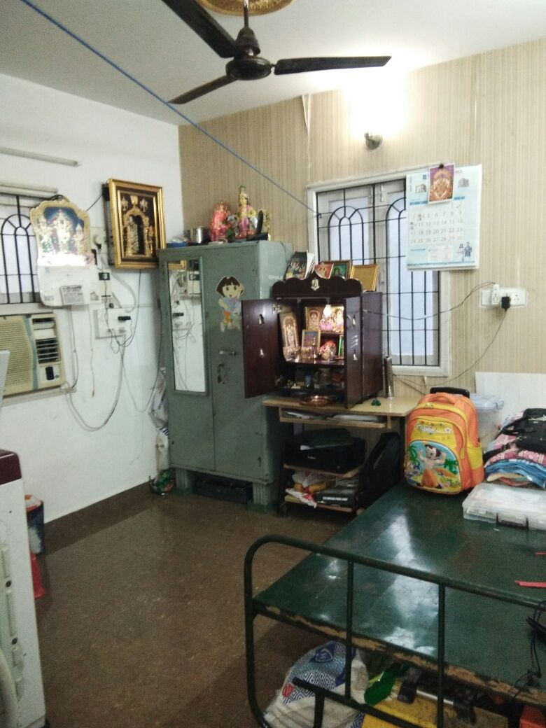Valasaravakkam Room