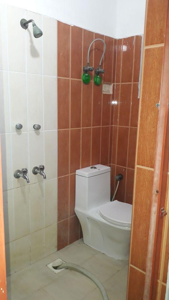 Valasaravakkam Washroom